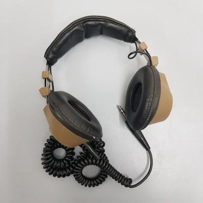 Tan and black retro headphones