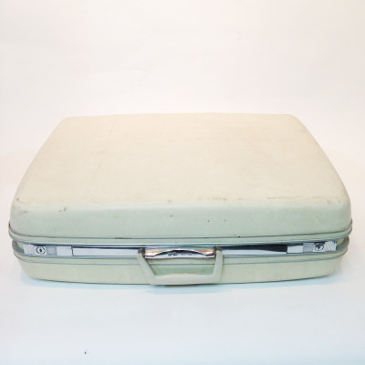 Cream Hard Shell Suitcase