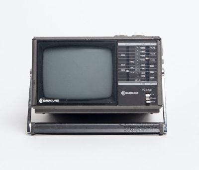 Fully working Samsung mini TV/radio