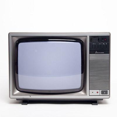 Non practical vintage Mitsubishi TV