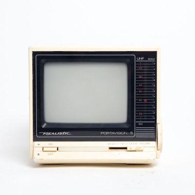 Non practical mini portable Realistic Portavision-5 TV