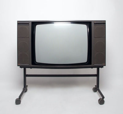 Fully working colour Bang & Olufsen BeoVision TV with stand