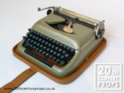 Vintage ERIKA typewriter