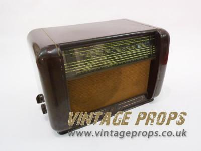 Bakelite vintage radio