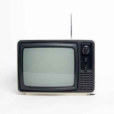 Non practical vintage black & white Hitachi C-Transistor TV
