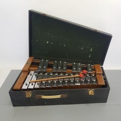 Glockenspiel In Case With Pair Of Beaters