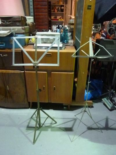 Music sheet stands