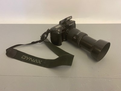 Minolta camera with flash (non practical)