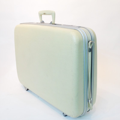 White Hard Shell Suitcase