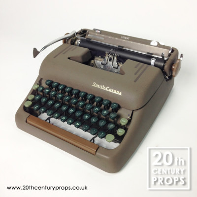 Working vintage SMITH CORONA typewriter