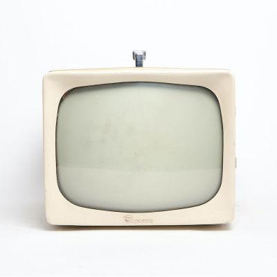 Non practical vintage Emerson TV