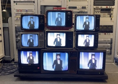 Vintage TV stack - Fully working