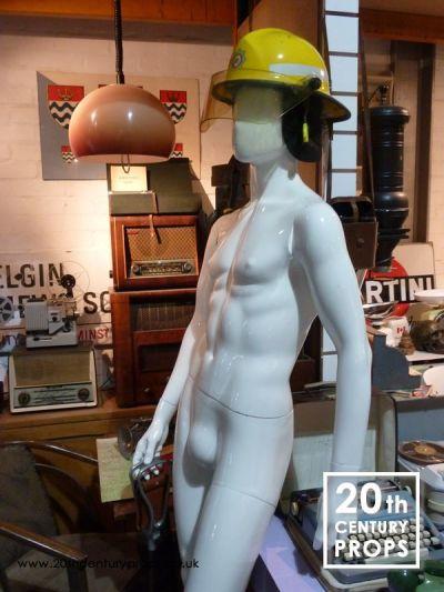 Male mannequin