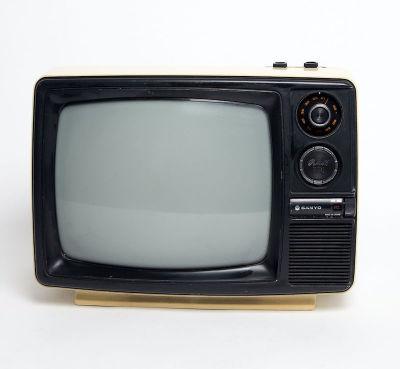 Fully working cream black & white Sanyo TV