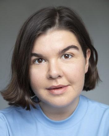 Isobel-O'Regan-Headshot