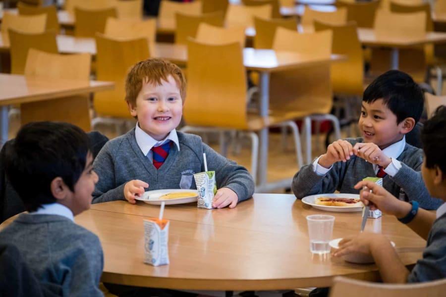Fairfield children eating their breakfast