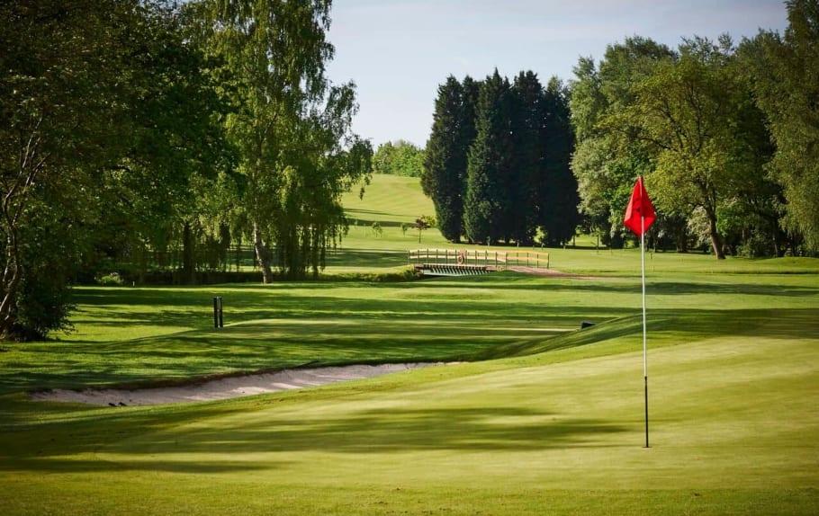 Loughburians Golf Society – Quincentennial Trophy thumbnail image
