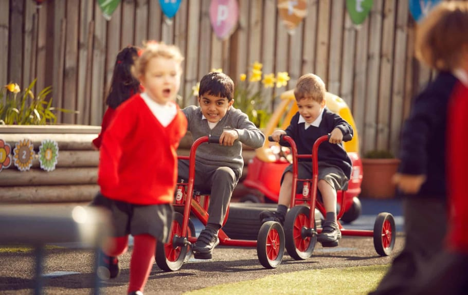 LOUGHBOROUGH SCHOOLS FOUNDATION SAFELY WELCOMES PUPILS BACK TO CLASSROOMS featured image