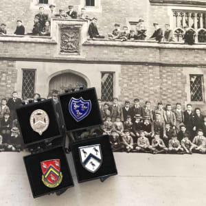 Heritage Pin Badge Set