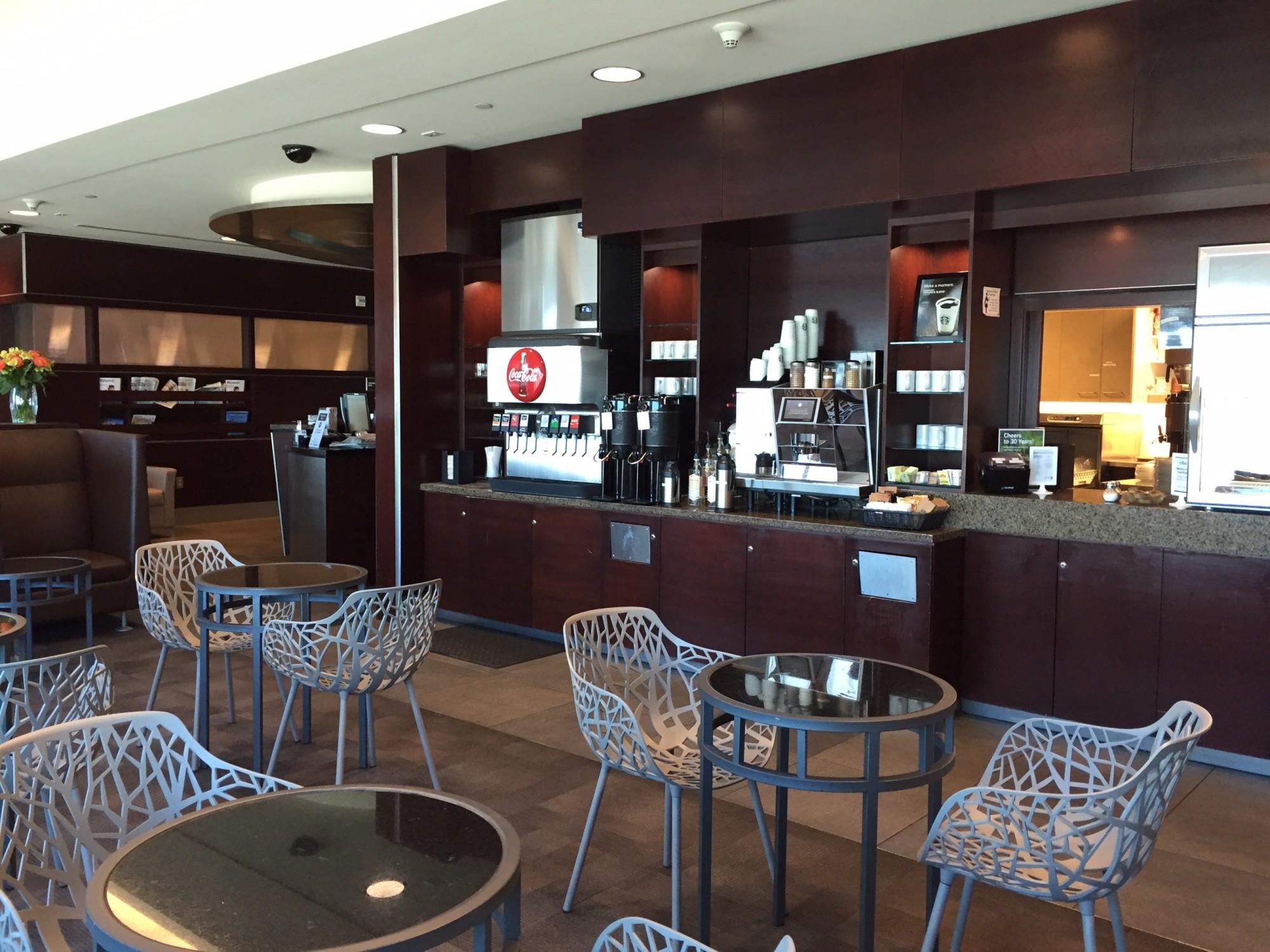 PDX: Alaska Airlines Alaska Lounge Reviews & Photos - Concourse C ...