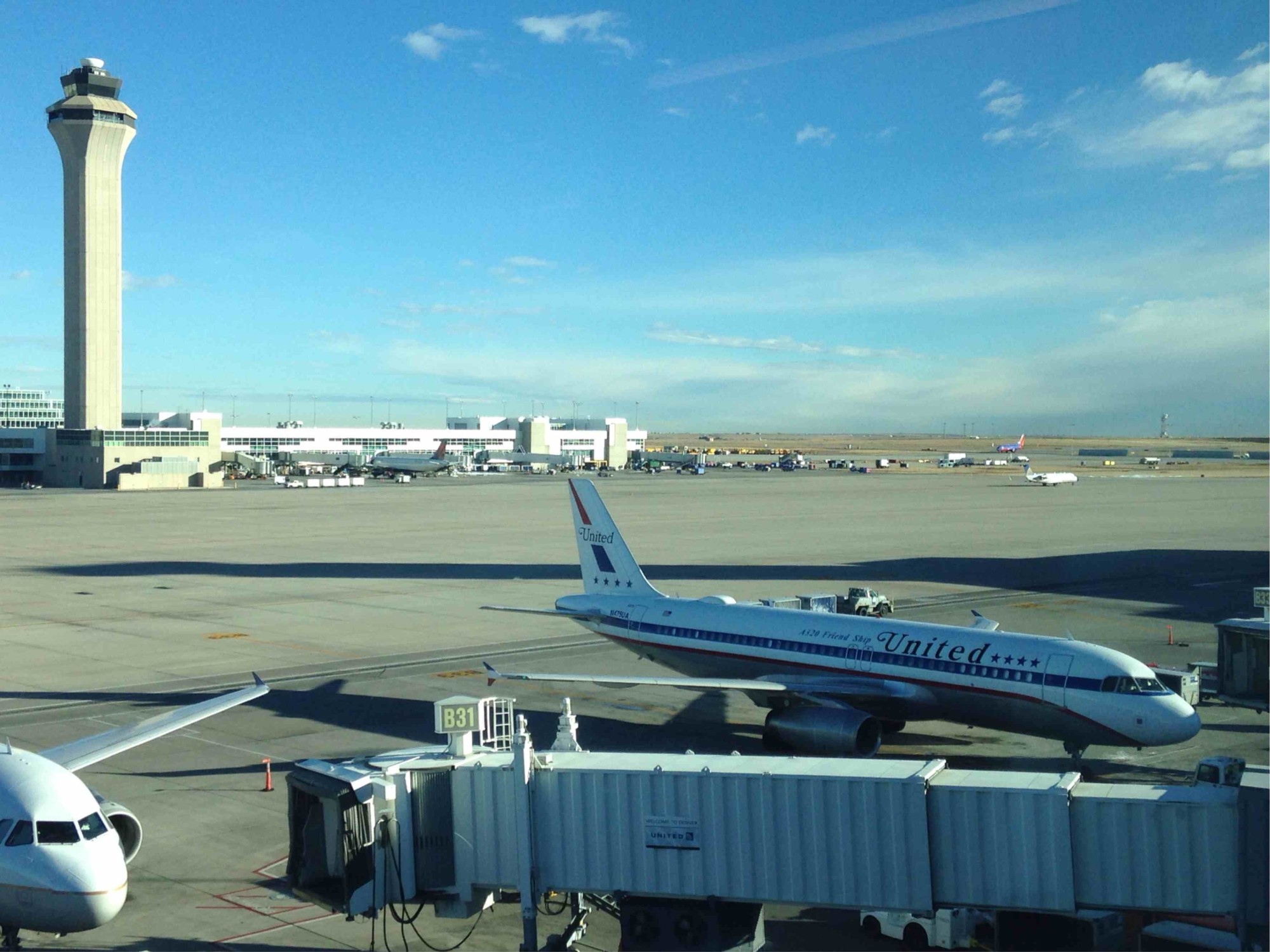 DEN: Denver International Airport Lounge Access (United States