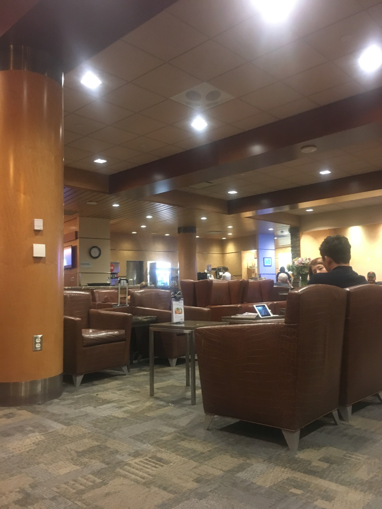 Lax Alaska Airlines Alaska Lounge Reviews Amp Photos