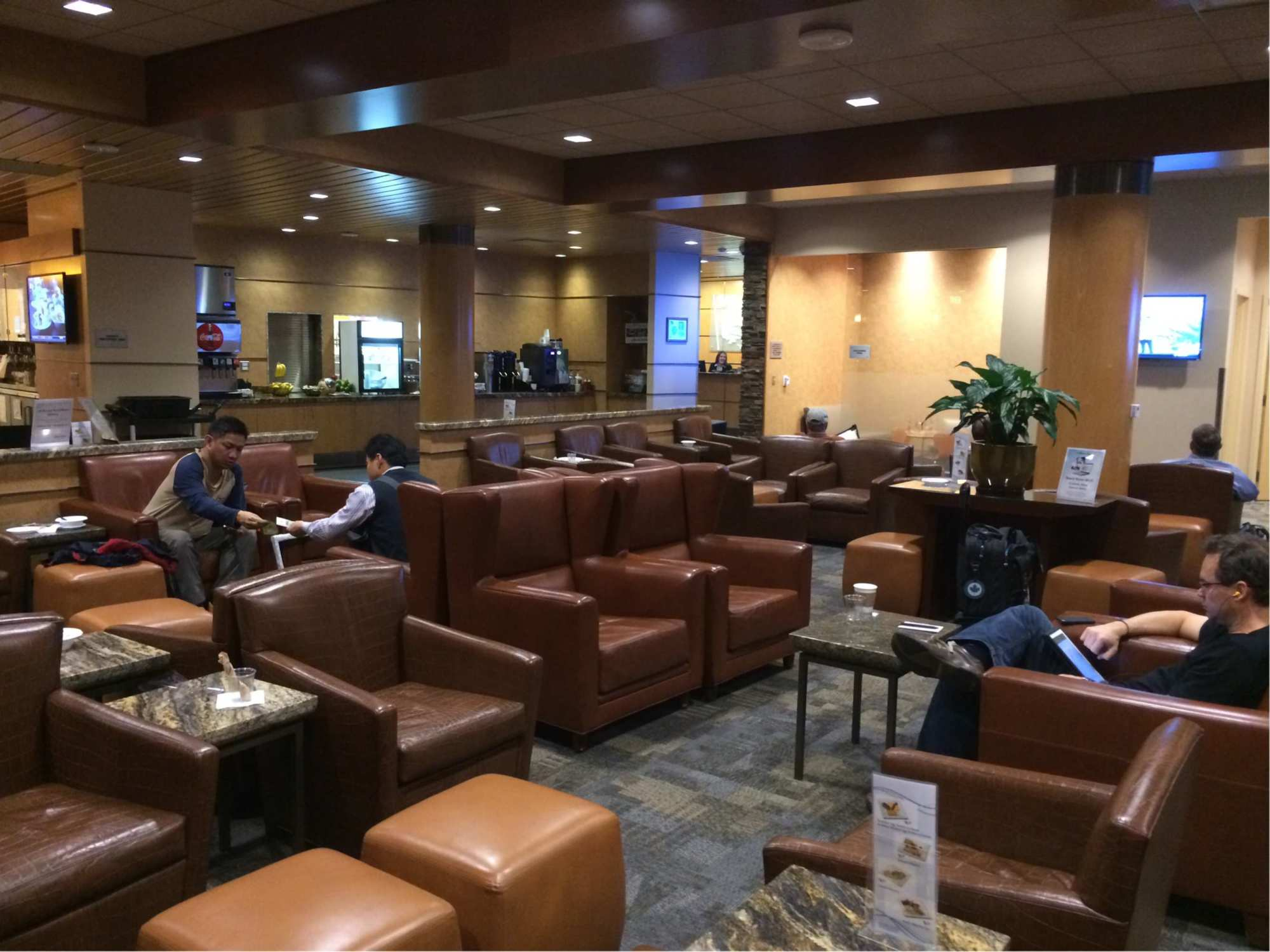 LAX: Alaska Airlines Alaska Lounge Reviews & Photos - Terminal 6 ...