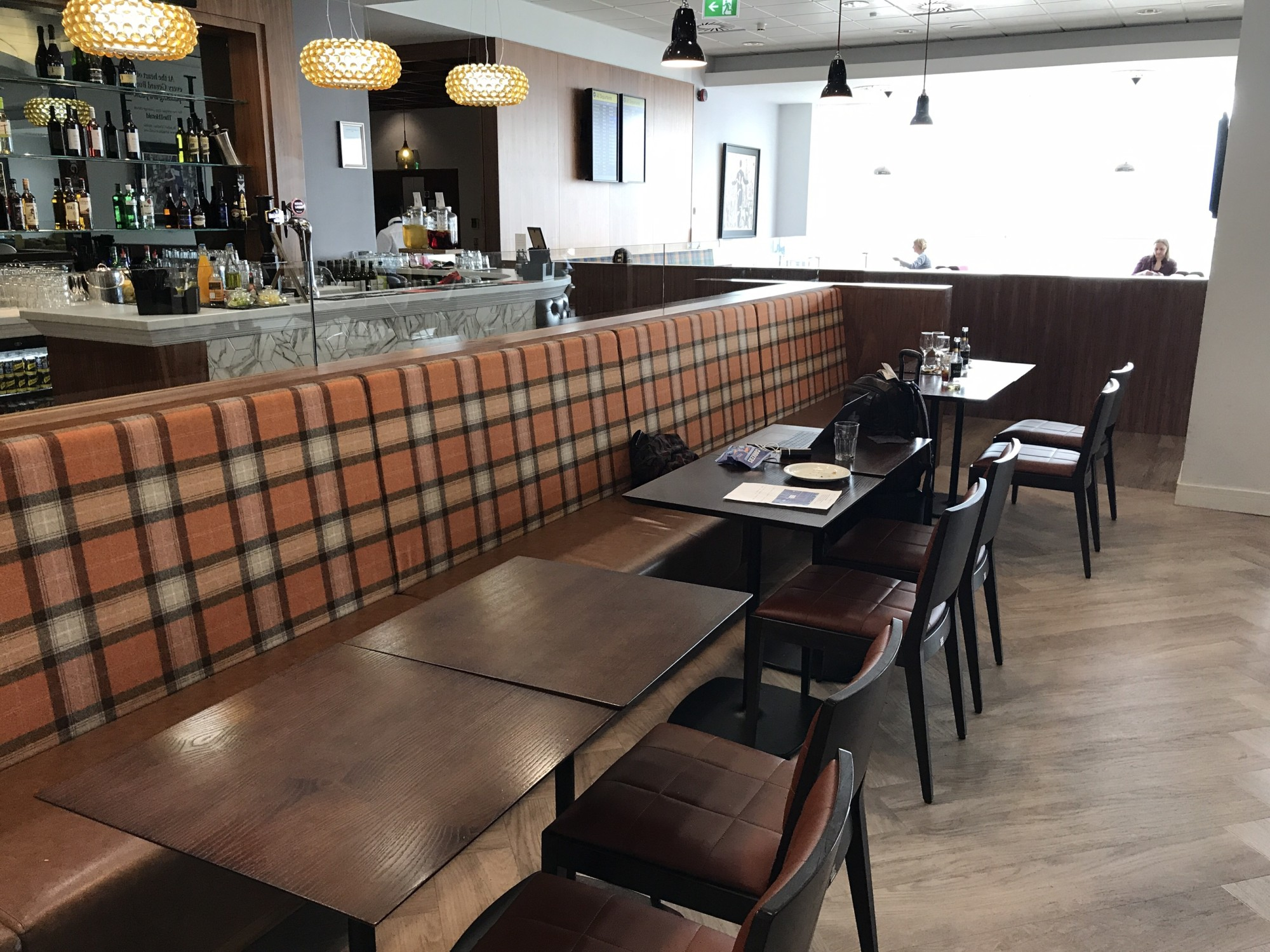 GLA: UpperDeck - Glasgow Reviews \u0026 Photos - Main Terminal, Glasgow ...