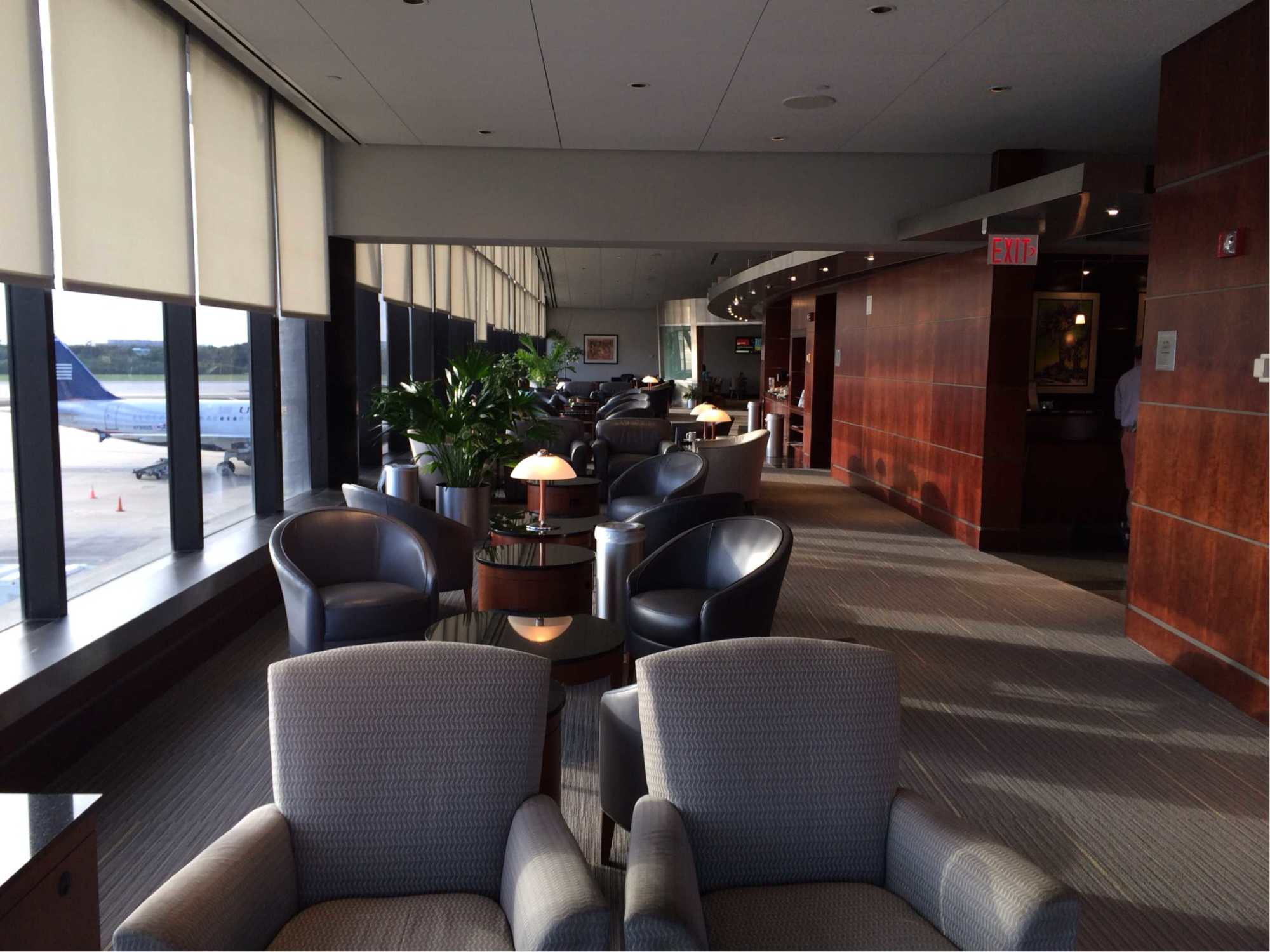 Tpa American Airlines Admirals Club Reviews Amp Photos