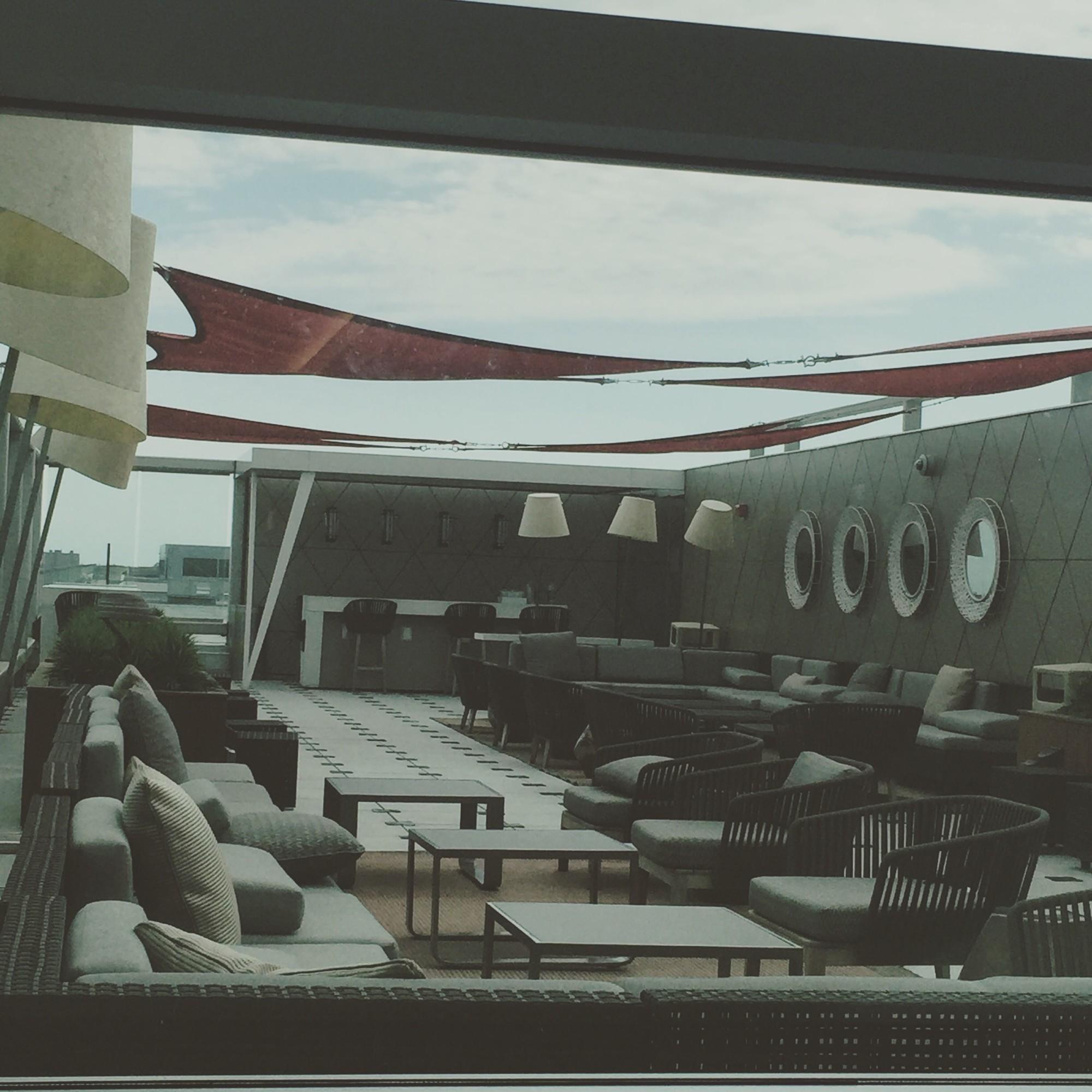 American Express Platinum Customer Service >> JFK: Delta Air Lines Delta Sky Club Reviews & Photos - Terminal 4, Concourse B, John F. Kennedy ...