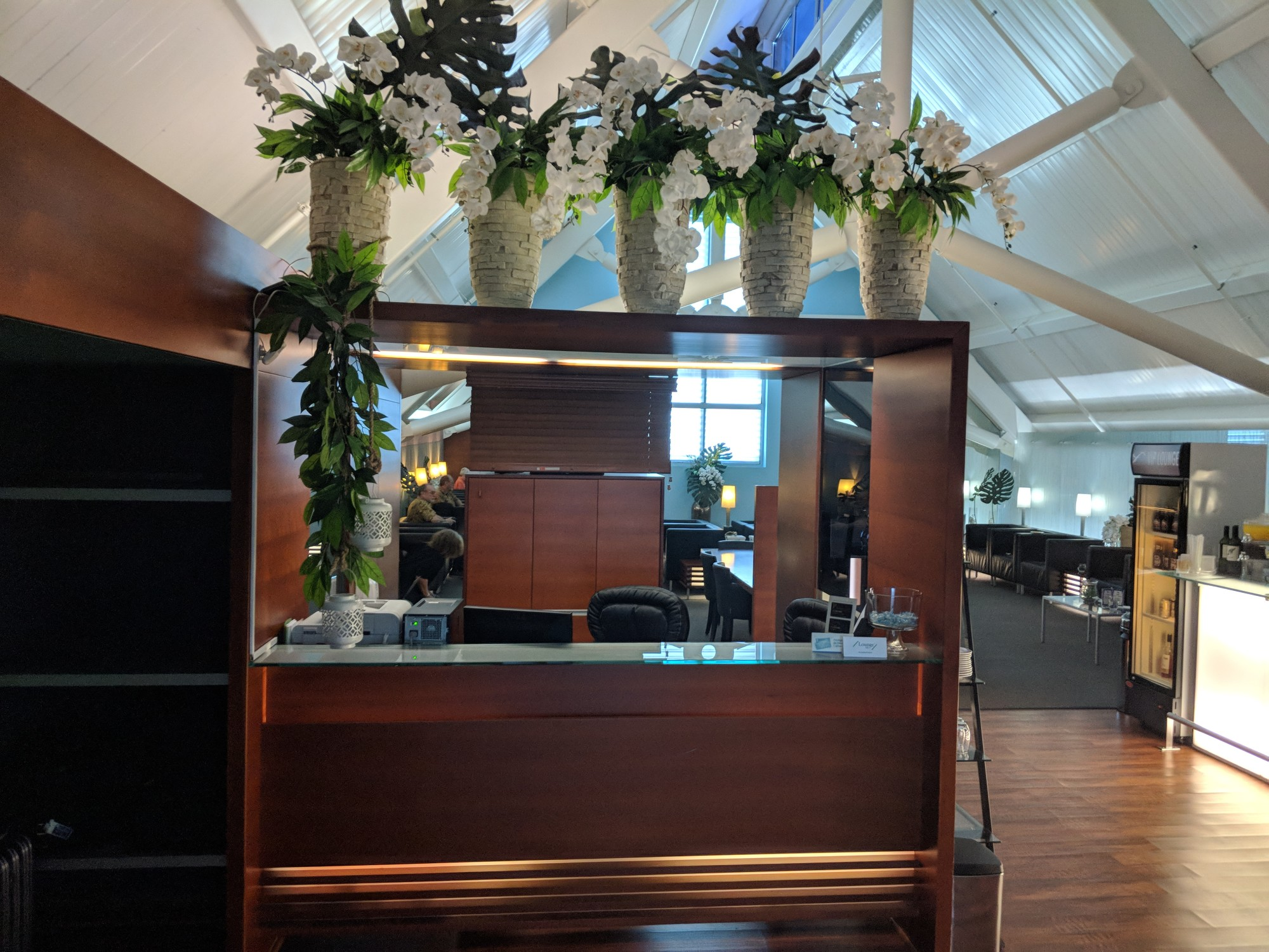 CUR: CAP VIP Lounge Reviews & Photos - Main Terminal, Curacao