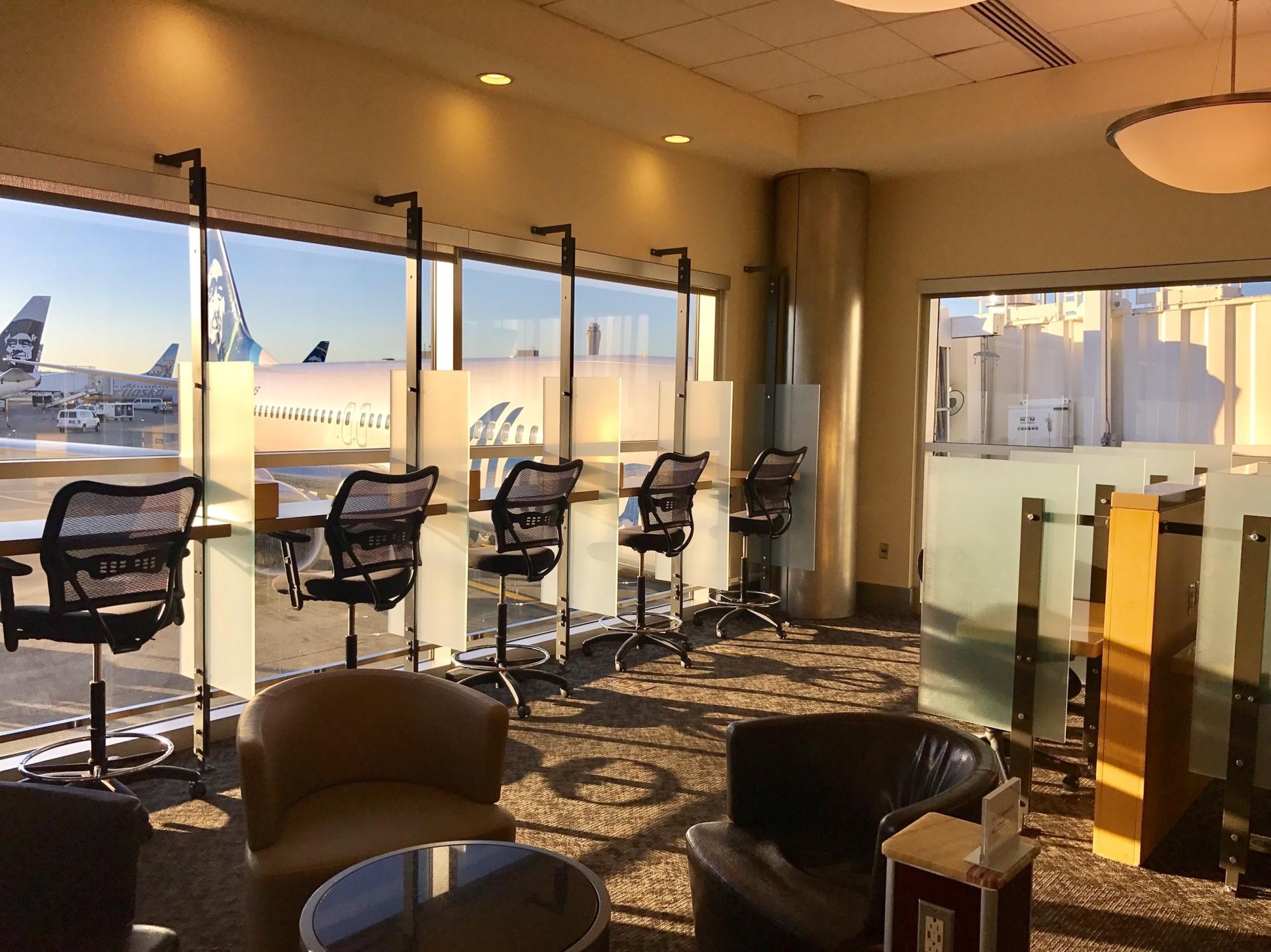 SEA: Alaska Airlines Alaska Lounge Reviews & Photos - Concourse D ...