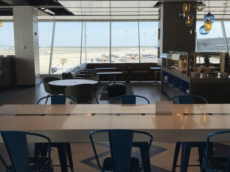 Jfk Alaska Airlines Alaska Lounge Reviews Amp Photos