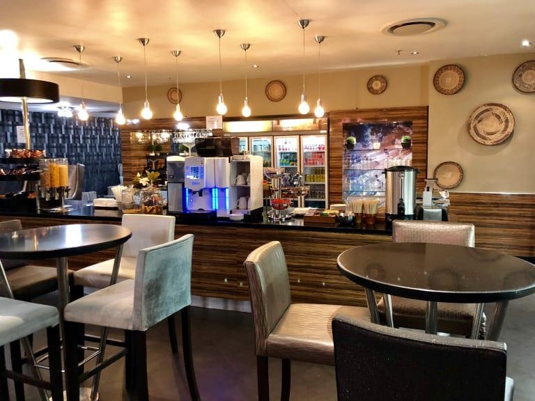JNB: Shongololo Lounge Reviews & Photos - International
