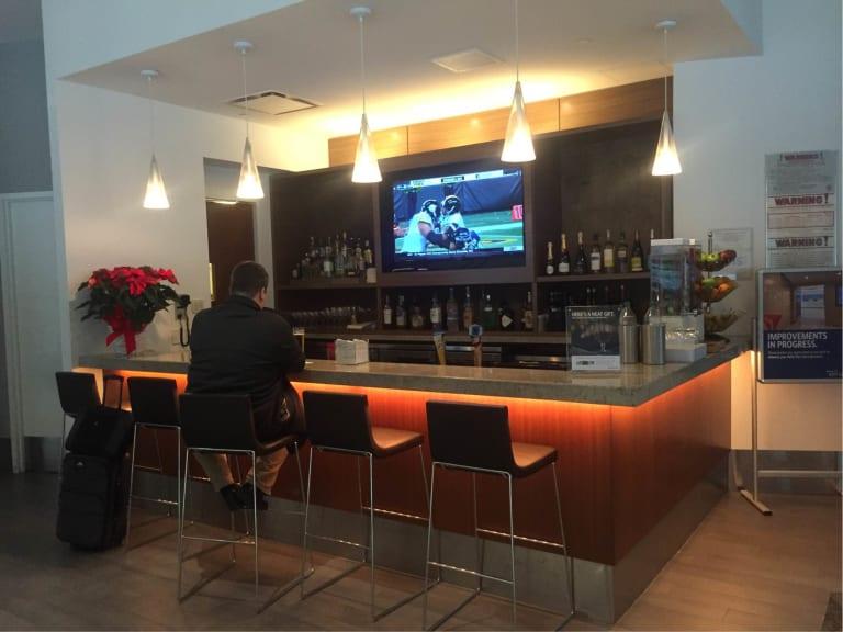 Bos Delta Air Lines Delta Sky Club Gate 7 Reviews