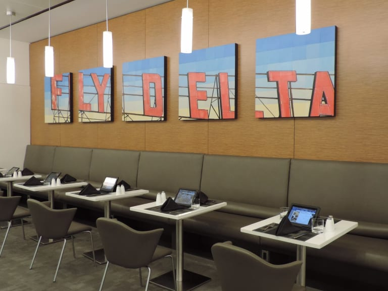 JFK: Delta Air Lines Delta Sky Club Reviews & Photos