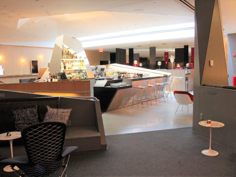 EWR: Virgin Atlantic Clubhouse Reviews & Photos - Terminal B