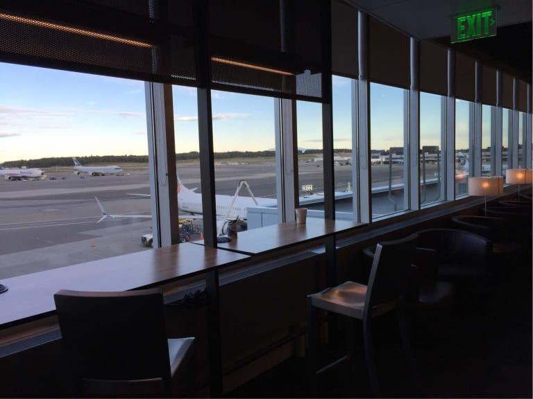 Anc Alaska Airlines Alaska Lounge Reviews Amp Photos