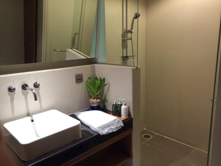 Bkk Thai Airways Royal Orchid Lounge Reviews Amp Photos