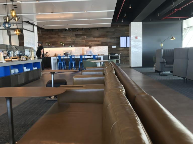 Jfk Alaska Airlines Alaska Lounge Reviews Amp Photos