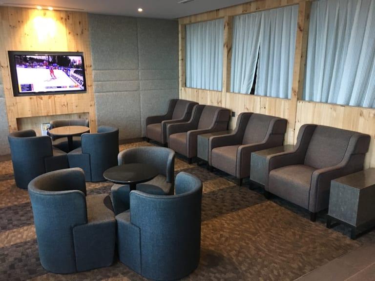 KUL: Plaza Premium Lounge/Wellness Spa Reviews & Photos
