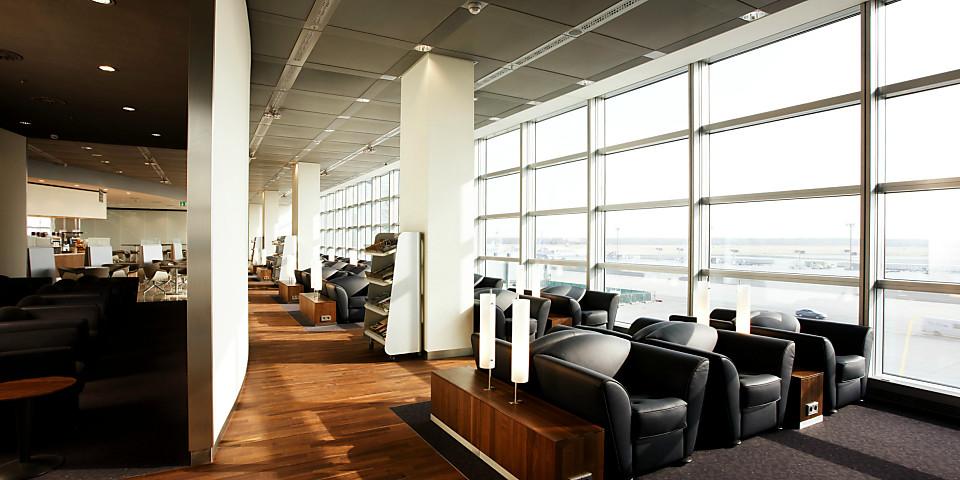 Lufthansa Senator Lounge (Non-Schengen, Gate C15) (FRA)