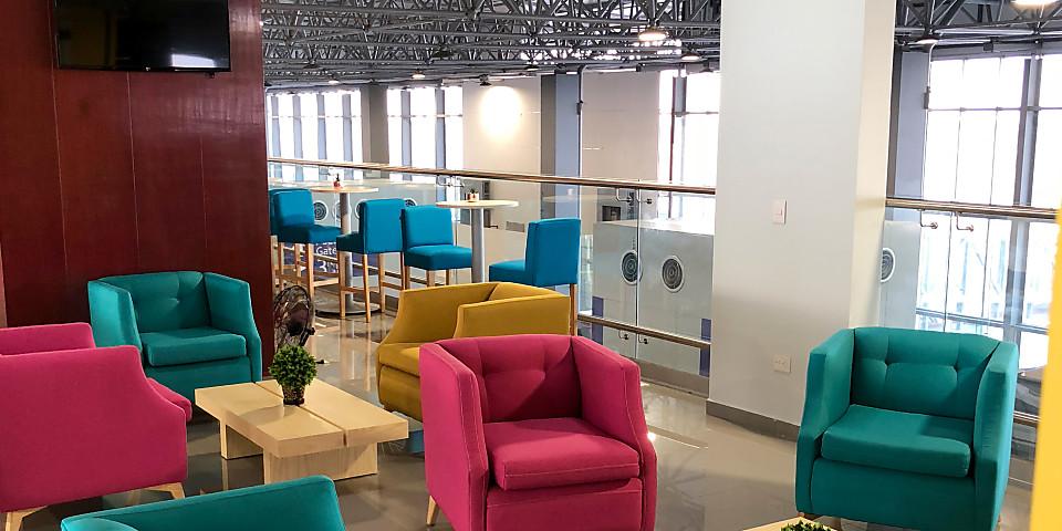 OMA Premium Lounge (ACA)