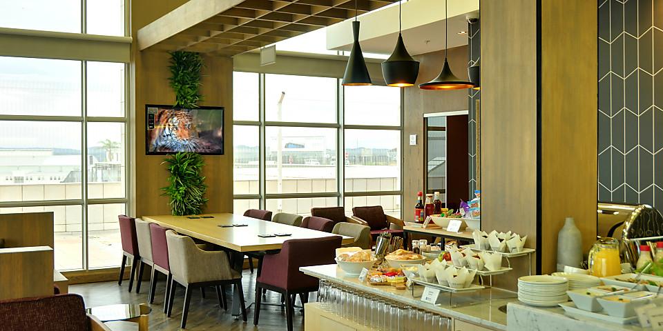 Bidvest Premier Lounge (HLA)