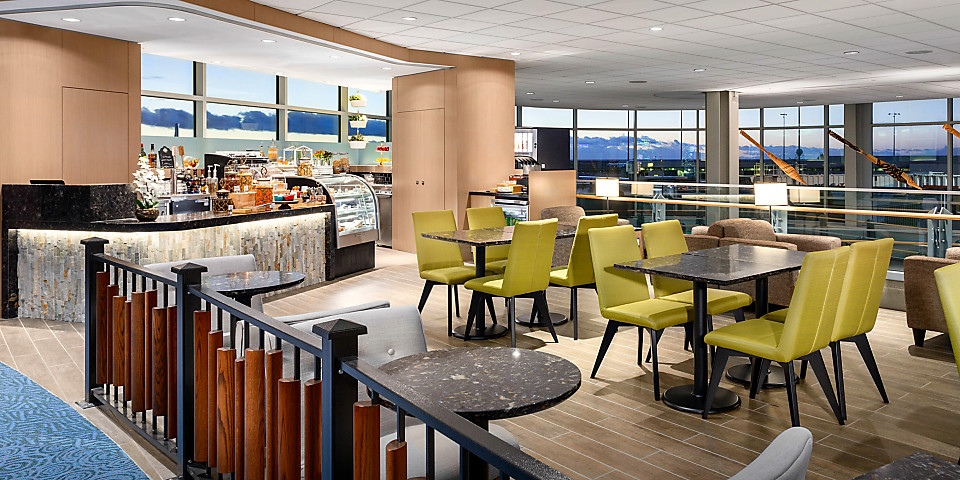 Plaza Premium Lounge (Domestic Gate C29) (YVR)