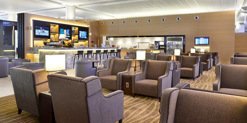 Plaza Premium Lounge (YWG)