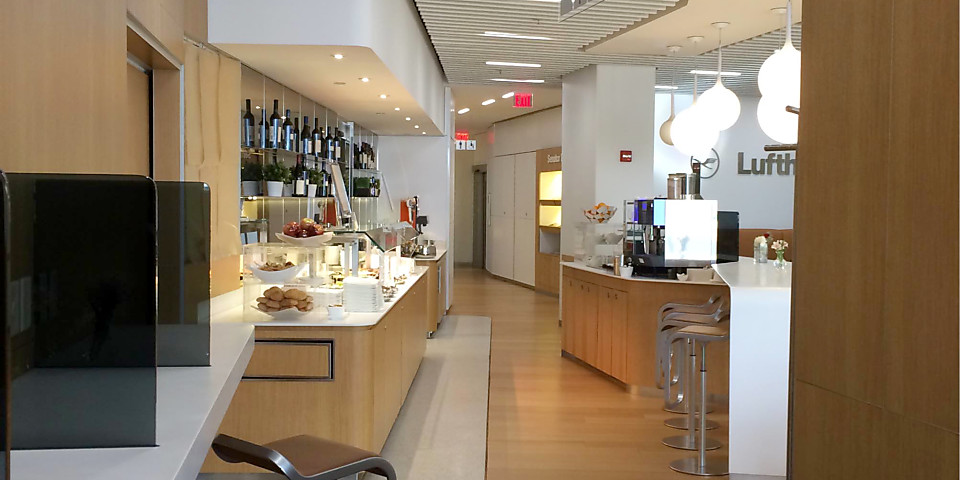 Lufthansa Business Lounge (EWR)