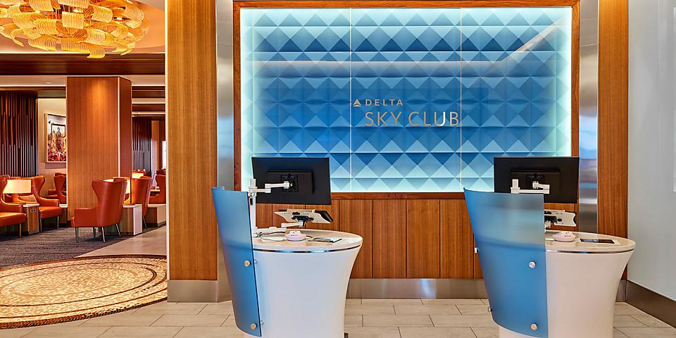 Delta Air Lines Delta Sky Club (PHX)