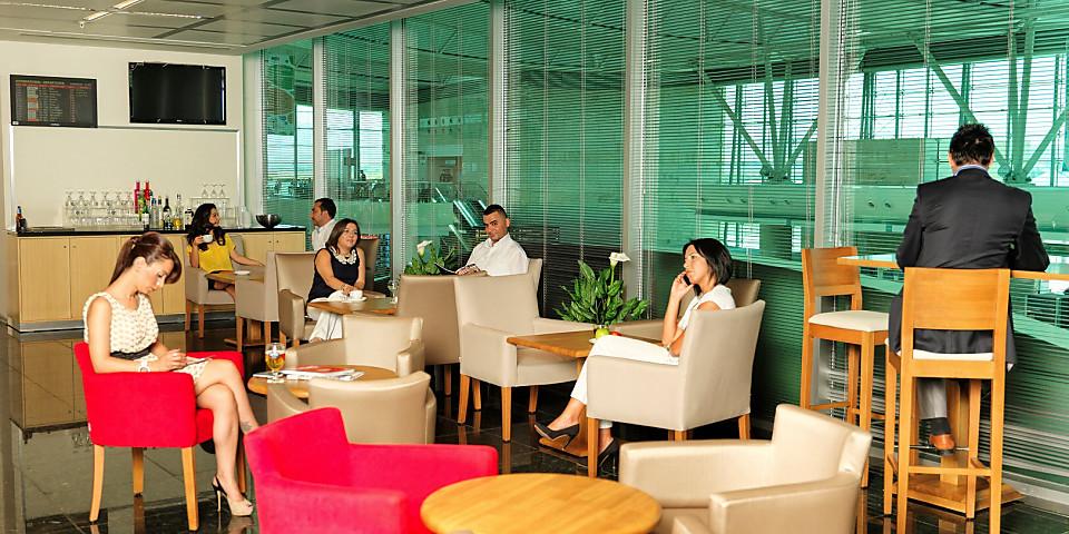 Primeclass Comfort Lounge (ESB)