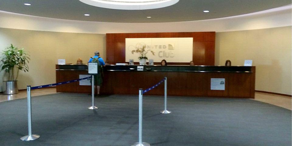 United Airlines United Club (Gate B44) (DEN)